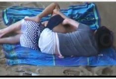 Novinha fudendo na praia