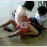 Vídeo amador aluna novinha fudendo no fundo da escola