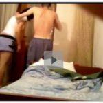 Novinha metendo com primo no quarto