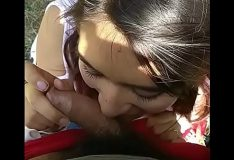 Novinha pagando boquete no Parque Ibirapuera em São Paulo