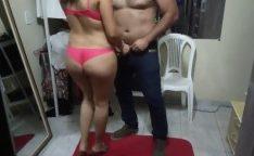 Corno manso gravando a esposa com amante